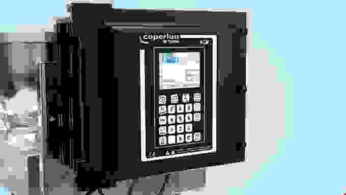 Coperion K-Tron KCM Feeder Control Module with LCD display